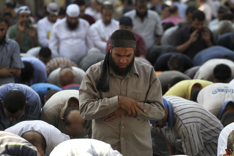 Những người ủng hộ tổng thống bị lật đổ Mohamed Morsi tụ tập tại thủ đô Cairo, hôm 22/08/2013.