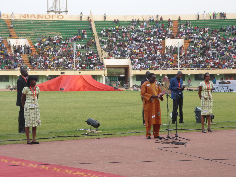 Le ministre de la culture du Burkina Faso, Baba Hama, lors de l'ouverture du 23e Fespaco au stade du 4-Août.