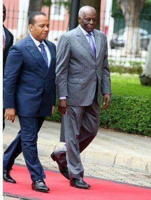 Primeiro-ministro são-tomense Patrice Trovoada recebido pelo Presidente angolano José Eduardo dos Santos