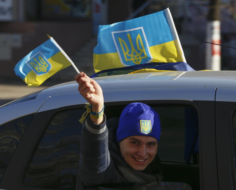 Dans les rues de Sloviansk lors des législatives du 25 octobre.