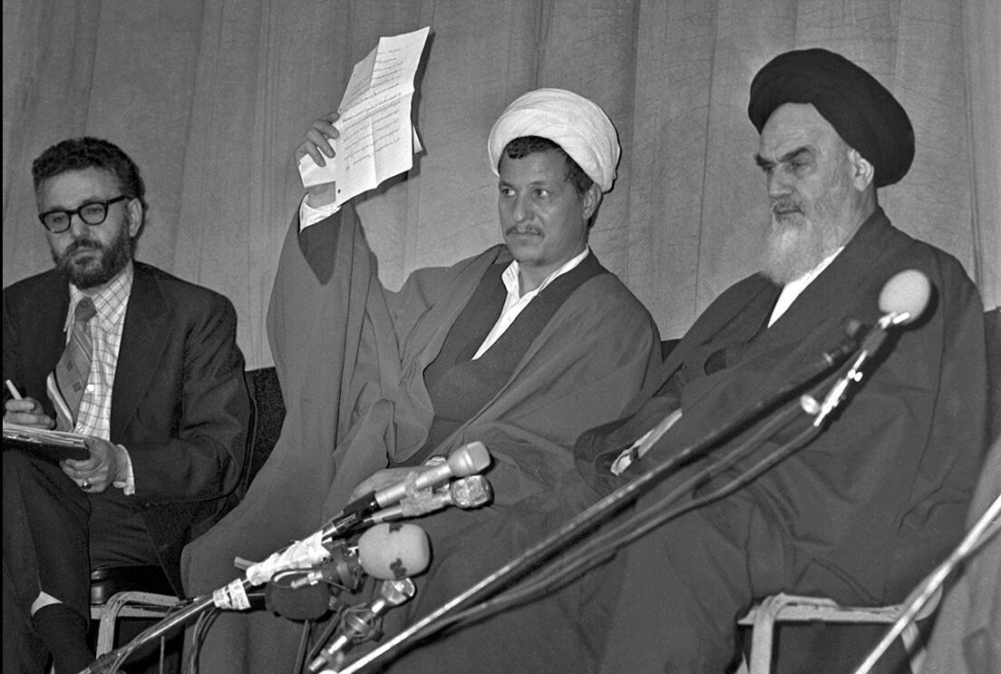معرفی مهدی بازرگان به عنوان نخست وزیر دولت موقت