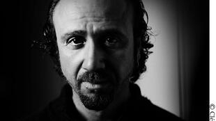 Антуан Агуджян — французский фотограф армянского происхождения, автор книги «Крик молчания»