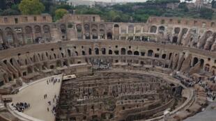 Vue des étages supérieurs du Colisée de nouveaux accessibles aux visiteurs.