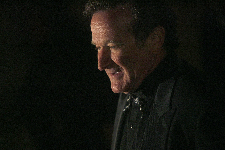 O ator Robin Williams, de 63 anos, se enforcou em casa. Ele sofria de depressão