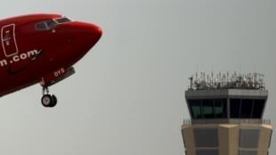 Controladores aéreos da Espanha iniciaram nesta segunda-feira (8) uma greve parcial de quatro dias.