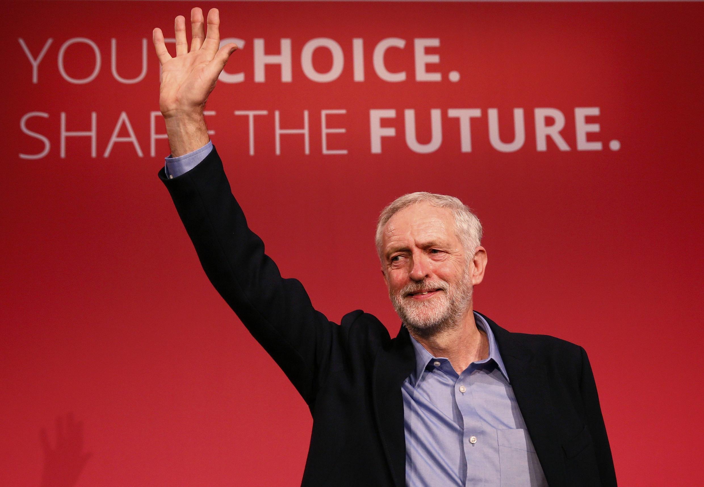 Jeremy Corbyn assume a liderança do Partido Trabalhista, no Reino Unido.