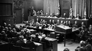Salle d'audience tu Tribunal de Nuremberg en septembre 1946.