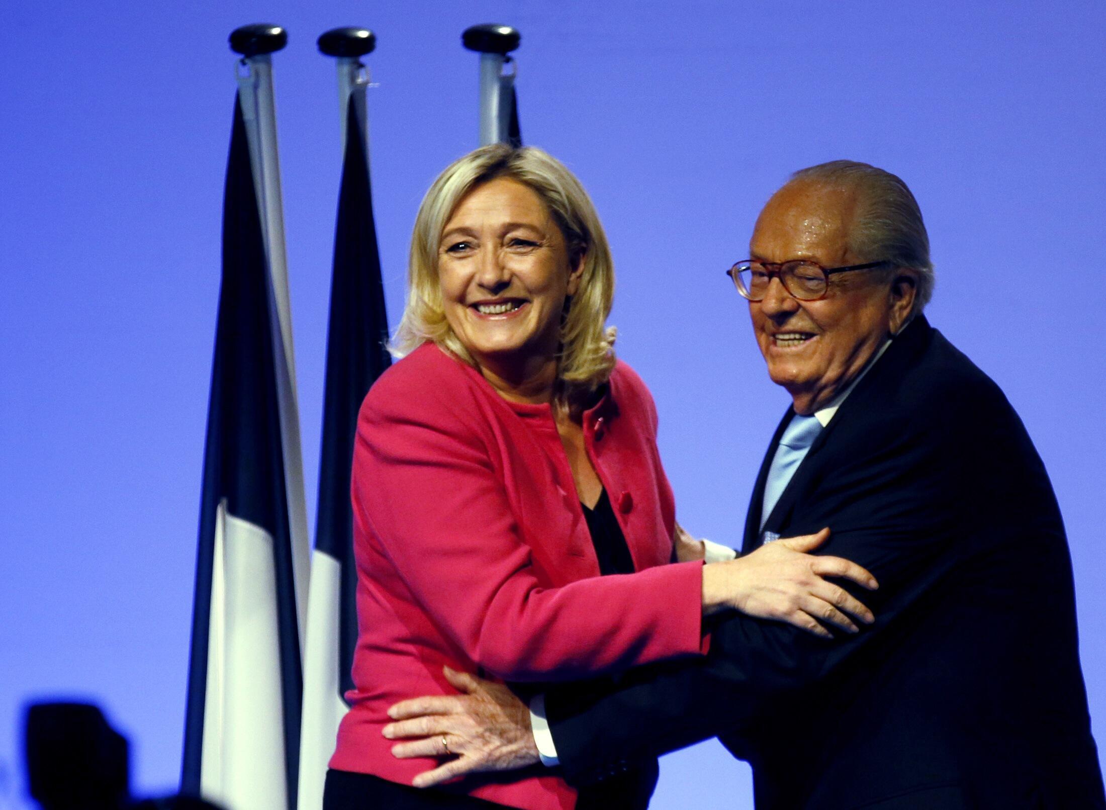Марин Ле Пен и Жан-Мари Ле Пен во время европейской избирательной кампании, Марсель, 20 мая  2014.
