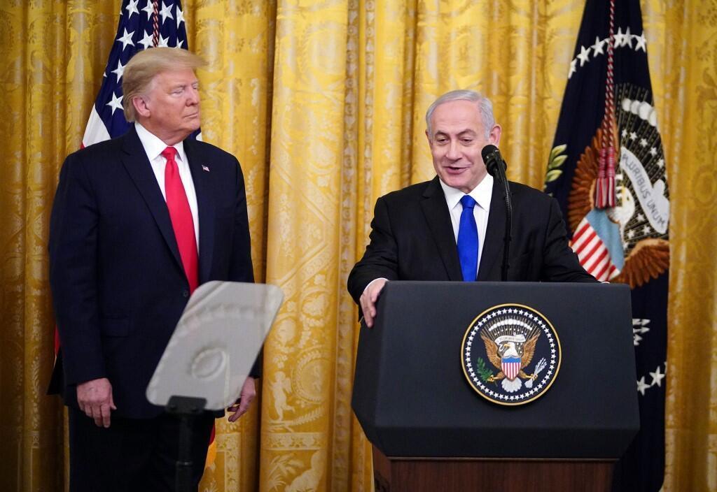 Trump e Netanyahu durante o anúncio do plano de paz na Casa Branca.