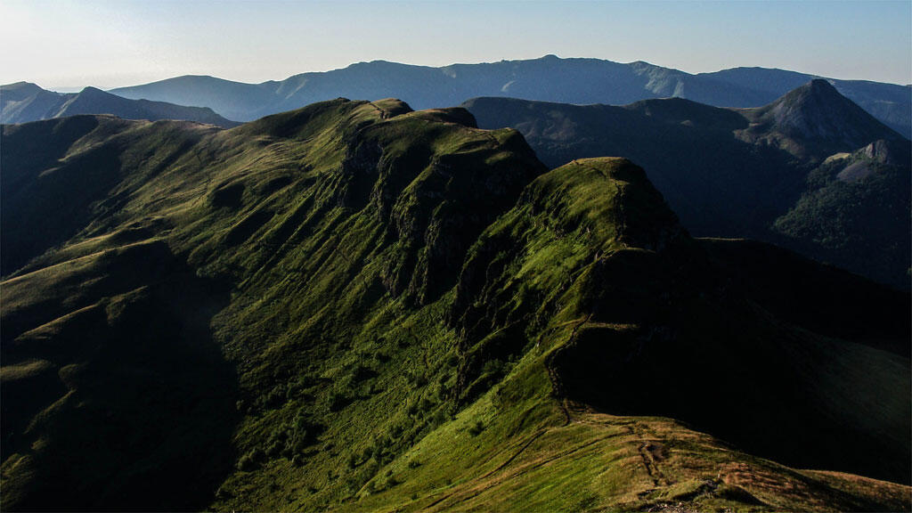 Le Puy Mary, le plus grand volcan d'Europe et emblème du Cantal.
