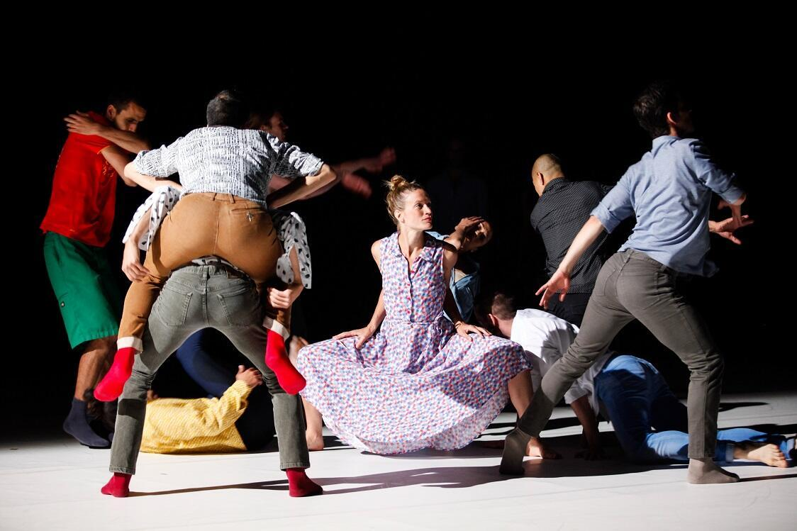 """Tenworks (for Jean-Paul), do coreógrafo israelense Emmanuel Gat."