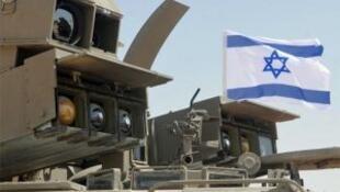 """موشکهای """"تموز"""" اسرائیلی"""
