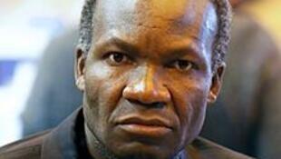 Gabriel Okoundji, poète congolais, devenu Bordelais depuis longtemps.