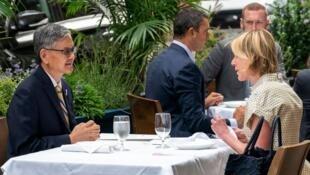 李光章与克拉夫特在纽约共进午餐照片