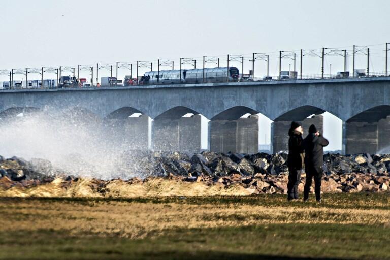 Acidente de train deixa 6 mortos na Dinamarca, 2 de janeiro de 2019.