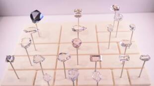 Reproducción fiel de los diamantes de Tavernier. París, enero de 2018.