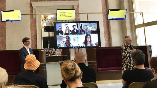 Rokia Traoré lors de son intervention par visioconférence à l'occasion de la présentation du premier festival digital du Théâtre du Châtelet.