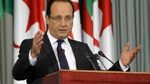 奧朗德20日在阿爾及利亞國會發表講話  2012.12 20