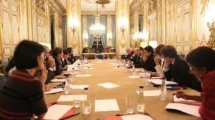 Conseil des ministres exceptionnel à l'Elysée, le 14 novembre, après les attentats meurtriers qui ont frappé la capitale.