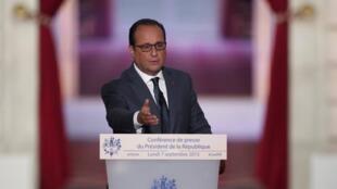 Rais wa Ufaransa, François Hollande, wakati wa mkutano wake na waandishi wa habari, Septemba 7, 2015.