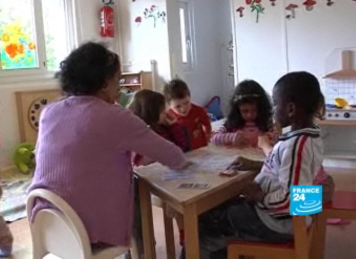 Scène de vie à la crèche Baby Loup. Image tirée d'une vidéo d'archive datant du 20 juin 2008 de France 24.