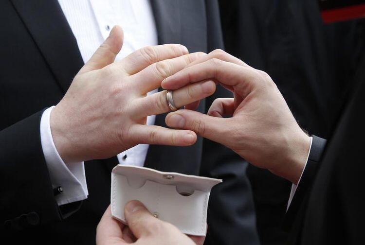 Marina Silva acabou trazendo o tema do casamento gay para a campaha eleitoral.