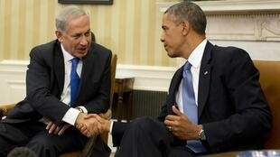 Benyamin Netanyahu, akipokelewa Ikulu ya Marekani na rais Barack Obama