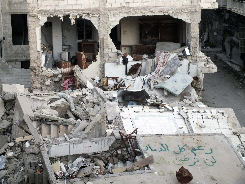 Immeubles détruits à Homs en Syrie, le 18 janvier 2014.