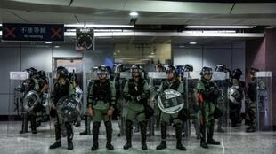 Hong Kong police have denied accusations of double standards in their treatment of pro-democracy protestors and their pro-China opponents