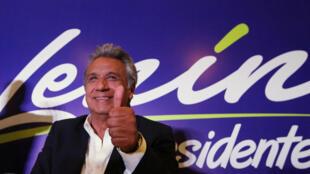 厄瓜多尔前夫总统莫雷诺(Lenin Moreno)在周日的选举中大幅领先
