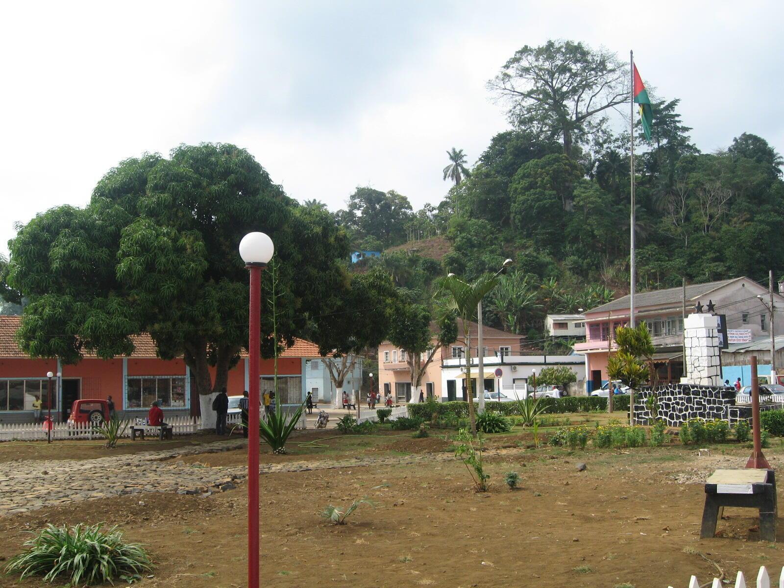 Centro da cidade de Trindade em São Tomé e Príncipe.