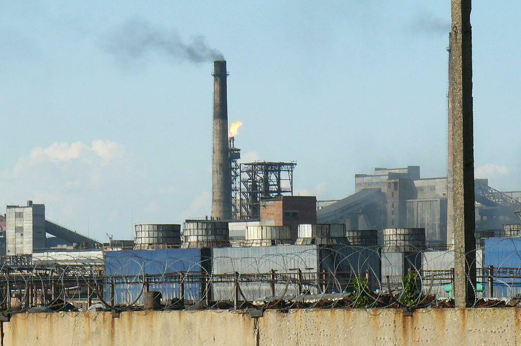 En Ukraine, Avdiivka abrite la plus grande usine de fabrication de coke d'Europe, un dérivé du charbon nécessaire à l'industrie métallurgique.