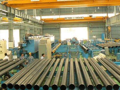 Sản phẩm thép ống sản xuất tại một Công ty thép tại Việt Nam.