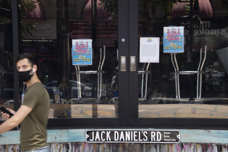 Los restaurantes en Los Angeles vuelven a echar el cierre