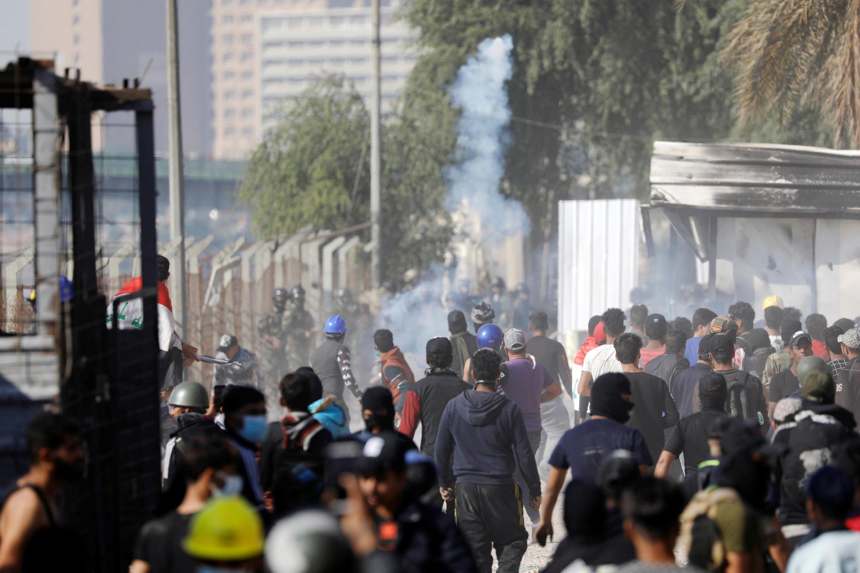 Các cuộc biểu tình ở Bagdad vẫn tiếp diễn trong ngày 30/11/2019, bất chấp ý định từ chức của thủ tướng.