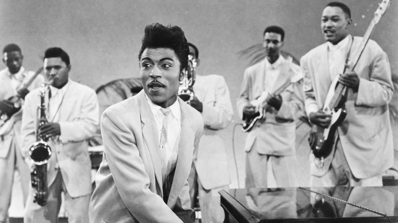 """Little Richard en 1957. Scène du film """"Mr Rock'n'Roll""""."""