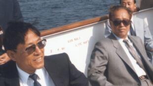 鲍彤(左)与赵紫阳(右)1986年合影