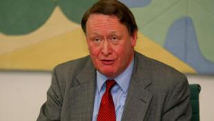 جان استانلی، وزیر دفاع پیشین بریتانیا و تهیه کننده گزارش پارلمانی در بارۀ فروش تجهیزات نظامی