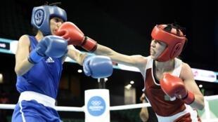 L'Algérienne Roumaysa Boualam (d) s'est qualifiée pour les Jeux olympiques de Tokyo 2020.