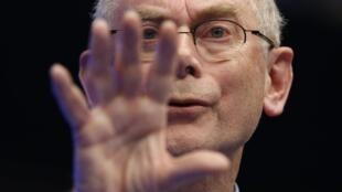 Herman Van Rompuy, président du Conseil européen, lors de la conférence de presse de ce vendredi 8 février, lors de laquelle a été présenté l'accord obtenu sur le budget 2014-2020.