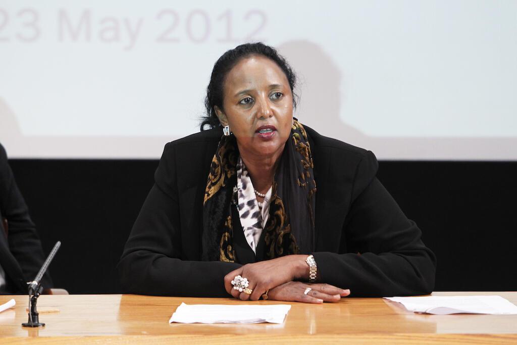 Amina Mohammed, Waziri wa Mambo ya Nje wa Kenya, aliyependekezwa na Rais Uhuru Kenyatta, kuwania kiti cha uenyekiti wa AU.