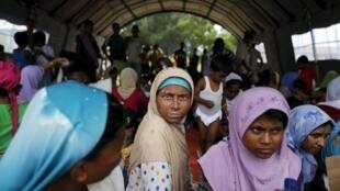Des migrants rohingyas dans un centre médical de Kuala Langsa, en Indonésie, le 16 mai 2015.