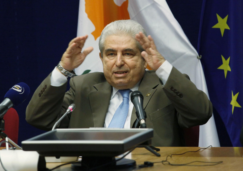 O presidente do Chipre, Demetris Christofias, considera que uma ajuda financeira não vai frear o crescimento do país.