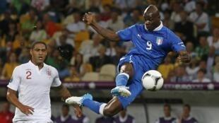 Une des nombreuses occasions de Mario Balotelli.