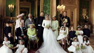 Foto oficial do casamento do príncipe Harry com a atriz norte-americana Meghan Markle
