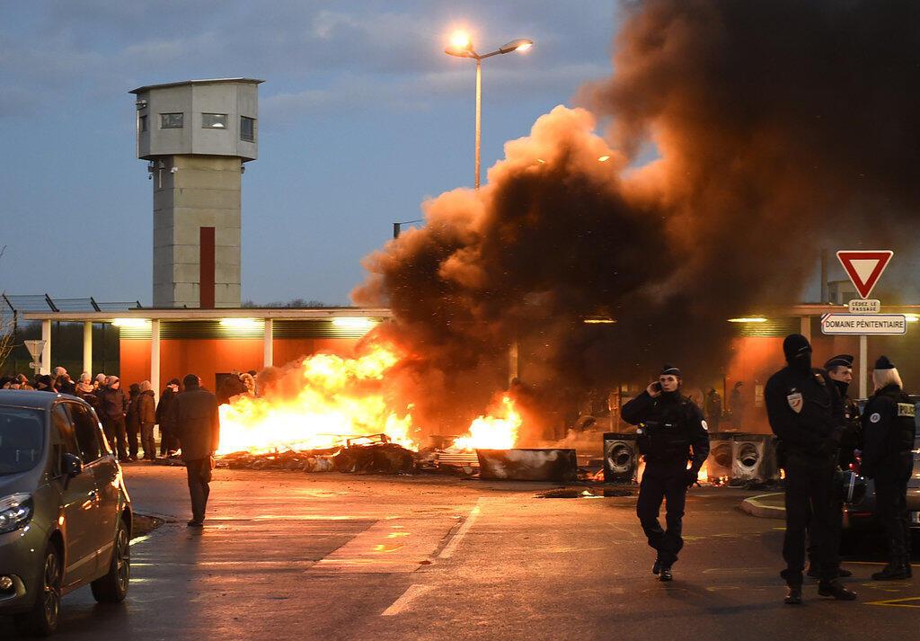 Mouvement de protestation à la prison de Vendin-le-Vieil,  ce mardi 16 janvier 2018.