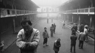 Hôpital psychiatrique. Sichuan, Chine, 1990.