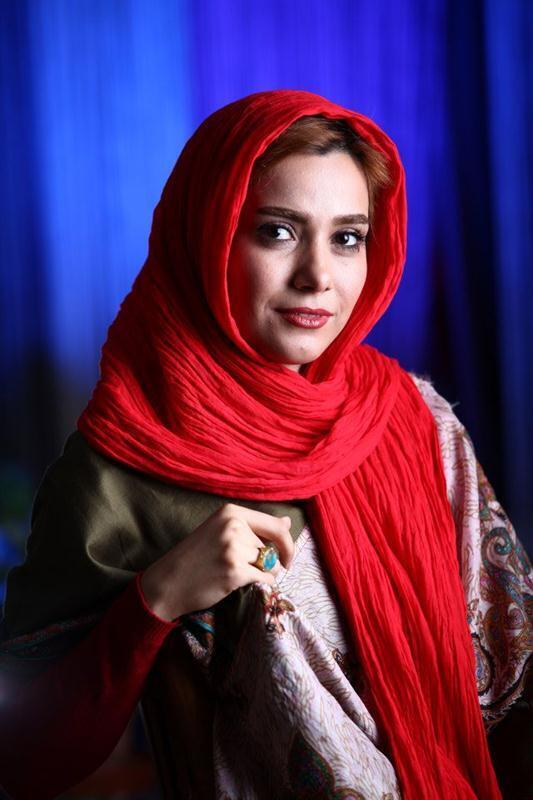"""واکنشها در ایران، بدنبال تک خوانی """"نوشین طافی"""" همچنان ادامه دارد."""