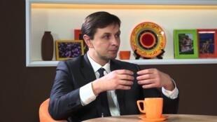 Бывший первый советник премьер-министра Молдовы Владислав Кульминский: «Для Молдовы важно вести выдержанную политику».