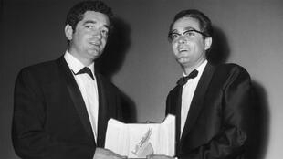 Jacques Demy et Michel Legrand, au Festival de Cannes, 1964, Palme d'Or pour «Les Parapluies de Cherbourg».